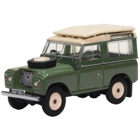 Land Rover Series IIA Station Wagon Pastel Green