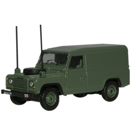 Oxford Diecast OO Gauge Land Rover Defender