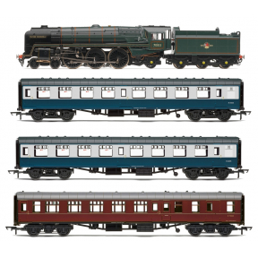 Hornby R3607 The 15 Guinea Special Train Pack Oliver Cromwell & 3 Coaches