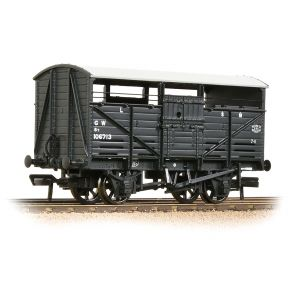 Bachmann 37-711D 8T Cattle Wagon GWR Grey