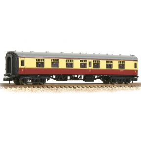 Graham Farish 374-160A N Gauge BR Mk1 FK First Corridor BR Crimson & Cream