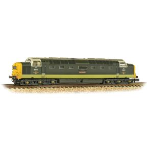 Graham Farish 371-289 N Gauge Class 55 Deltic D9001 'St. Paddy' BR Two-Tone Green Full Yellow Ends