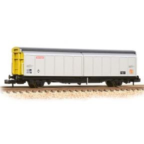 Graham Farish 373-602C 46t VGA Sliding Wall Van BR Railfreight Distribution