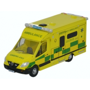 Oxford Diecast N Gauge Mercedes Ambulance