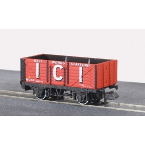Peco NR-P102B 7 Plank Wagon I.C.ISalt Works red No.330